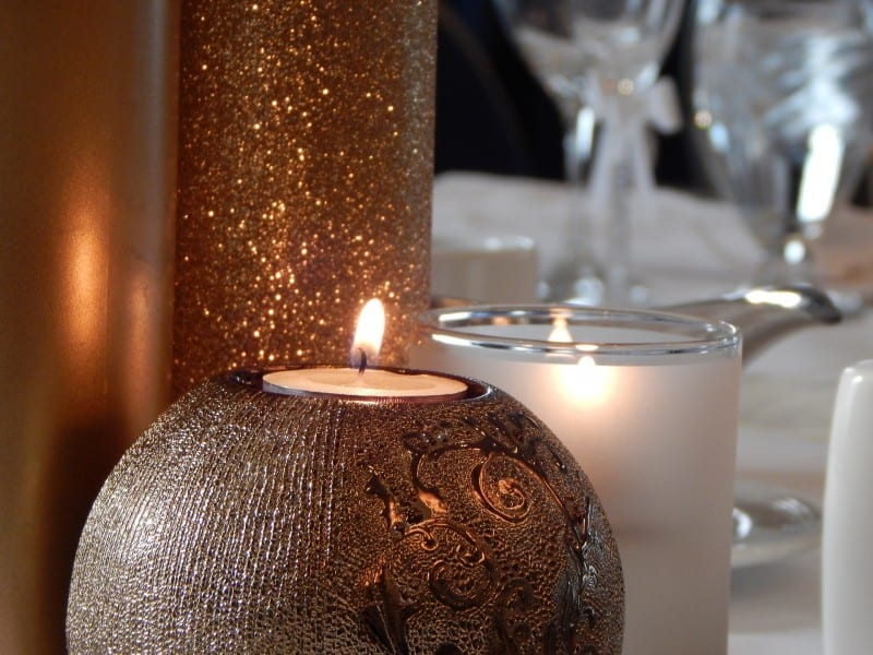 candles on table used to decorate your wedding
